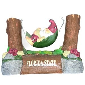 🎀 BOGO - sleeping gnome FSU figurine